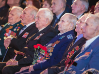 В центре «Диалог» состоялось торжественное собрание к 73-летию освобождения Новгорода