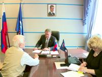 Депутат госдумы Александр Коровников провел прием граждан в Великом Новгороде