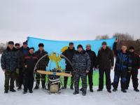 Парапланеристы в Старой Руссе летали в поддержку погорельца Виктора Фёдорова