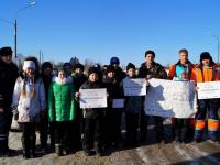 Сотрудники Госавтоинспекции рассказали валдайским школьникам, как  переходить дорогу