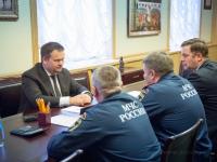 Андрей Никитин провел встречу с начальником центра МЧС России по СЗФО Игорем Паниным