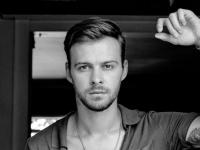 Украинский поп-певец Макс Барских представит в Великом Новгороде шоу «Туманы»