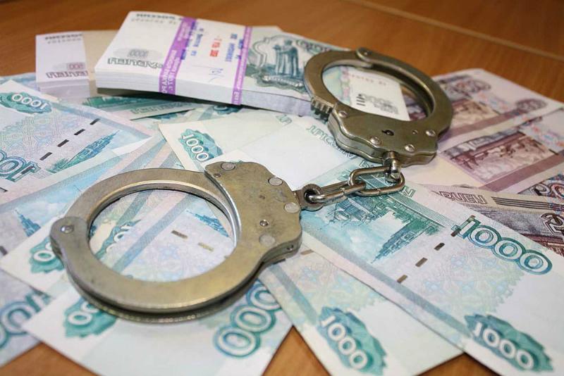 Одного из новгородских полицейских начальников задержали при попытке дать взятку