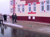 Андрей Никитин проконтролировал ход работ на социальных объектах Шимска
