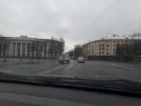 Фотофакт: езда по встречной в центре Великого Новгорода