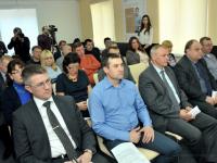 Треть новгородских предпринимателей недовольна качеством оказания госуслуг