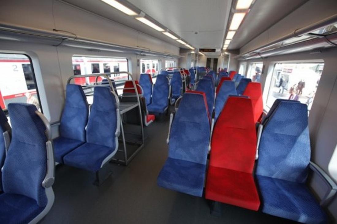 поезд ласточка фото