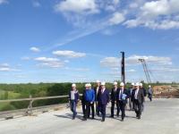 Андрей Никитин посетил строительство автодороги М-11