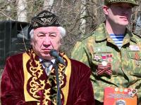 Открытие бюста Тулегена Тохтарова: в Старую Руссу приехали гости из Павлодара
