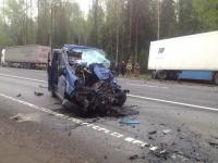 В ДТП на трассе М-10 в Новгородском районе столкнулись автомобили «Рено»