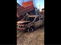 Видео: сгоревшая машина Андрея Ларченко