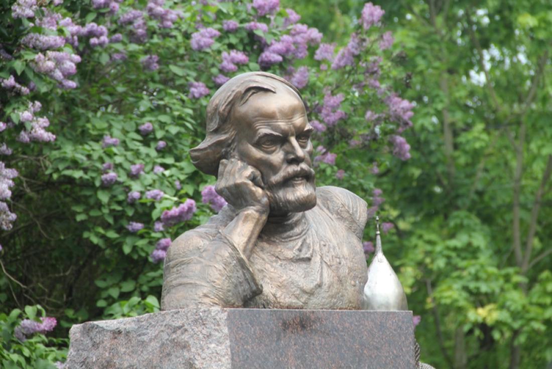 Появились заинтересованные лица в сквере Дмитрия Балашова
