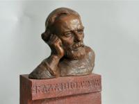 До открытия новгородского памятника Дмитрию Балашову осталось пять дней
