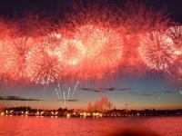 Миллионы зрителей по всему миру смотрели трансляцию грандиозного питерского праздника «Алые паруса»