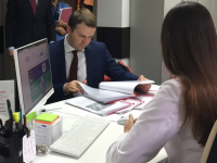 Министру экономического развития РФ Максиму Орешкину рассказали в Великом Новгороде о том, как начать свой бизнес