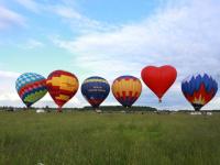 Северный ветер вмешался в планы организаторов старорусского фестиваля воздухоплавателей