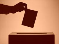 49 лет в среднем кандидату в губернаторы Новгородской области