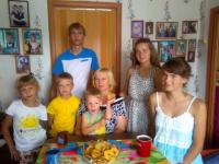 «53 новости» побывали в гостях у многодетной семьи Фроловых – одной из лучших в России