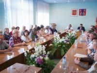 Андрей Никитин узнал у жителей Чудовского района о самом для них актуальном