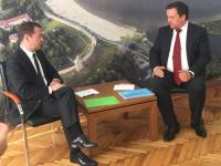 Дмитрий Медведев привез в подарок распоряжение о реконструкции коллектора на Валдае