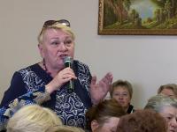 Главе региона пожаловались на аптеку в Медведе, закрытую седьмой год
