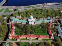 Многочасовые очереди к мощам Николая Чудотворца не пугают верующих новгородцев