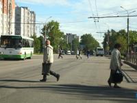 Нанести на дороги Великого Новгорода свежую разметку требуют водители на портале «Вечевой колокол»