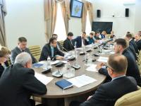 В новгородском правительстве обсудили, как улучшить в регионе качество сотовой связи и мобильного интернета