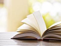 В Старой Руссе ЗАГС обобщил в книге опыт счастливых семейных пар