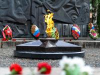 Вандалы покусились на «Вечный огонь» в Валдае