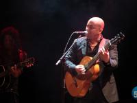 Виртуозный гитарист Омар Торрес и его команда сыграли новгородцам жужжание  комаров из Великого Устюга