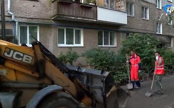 В Великом Новгороде 20 дворов еще не начали благоустраивать из-за погоды