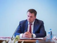 Андрей Никитин устроил транспортному чиновнику разнос за панику в Маловишерском районе