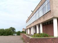 Более полумиллиона рублей выделено на ремонт сельского клуба в Чудовском районе