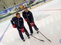 Братья-хоккеисты Буцаевы провели мастер-класс для новгородских мальчишек (фоторепортаж)