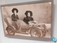 Чудесную милоту можно увидеть в Боровичах на выставке старинных бутафорских фотографий