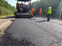 Фотофакт: ремонт самой «убитой» дороги Новгородской области