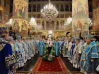 Митрополит Новгородский и Старорусский Лев вместе с Патриархом Кириллом и архиереями помолился о мире на Украине