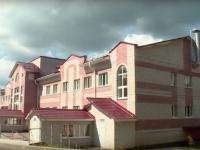 В Любытино пришлось проводить ремонт в новом здании местной ЦРБ