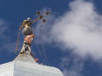 В Валдае после урагана провели операцию «Крестовоздвижение»
