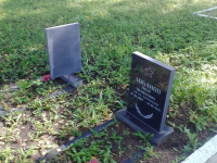 Вандалы покусились на могилу 20-летнего лейтенанта Сенеки, павшего в боях за Новгород
