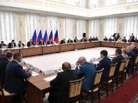 Владимир Путин пообещал подумать над финансовой поддержкой малых исторических городов