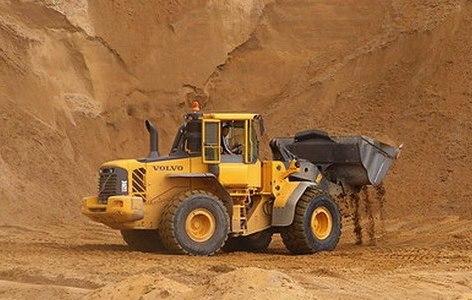 Новгородский чиновник засыпался на взятке за право добывать песок и гравий