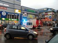 Видео: в Великом Новгороде проверяются сообщения о заминировании одиннадцати объектов