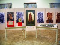 Музей-заповедник представил журналистам древние артефакты, связанные с именами новгородских святых