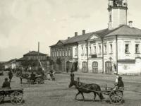В Боровичах может «облысеть» центральная улица