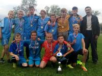 В Крестцах детский тренер вопреки всему создал отличную команду по мини-футболу