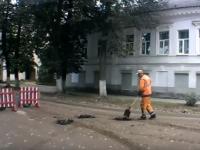 Видеоролик о боровичских дорожниках вызвал возмущение в интернете