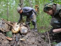 Завтра новгородские поисковики передадут родным в Алтайский край останки погибшего солдата