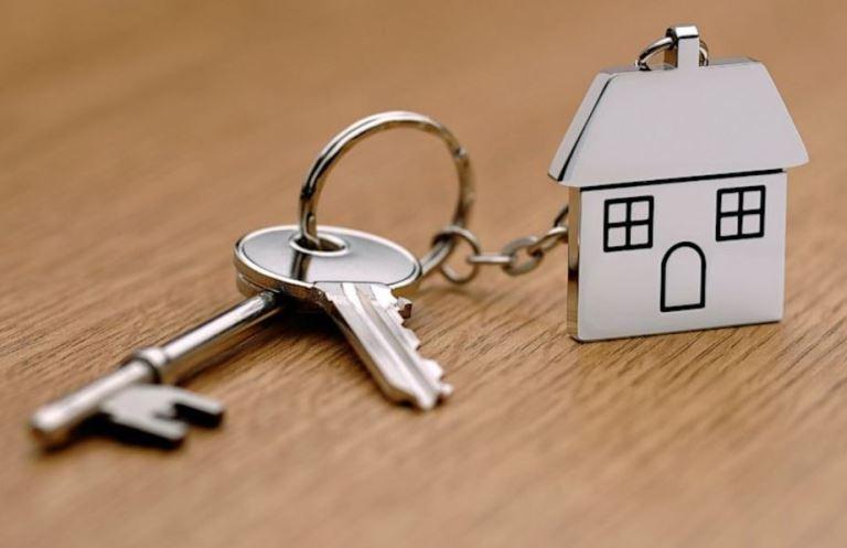Новгородка хотела продать недвижимость вместе с долгом